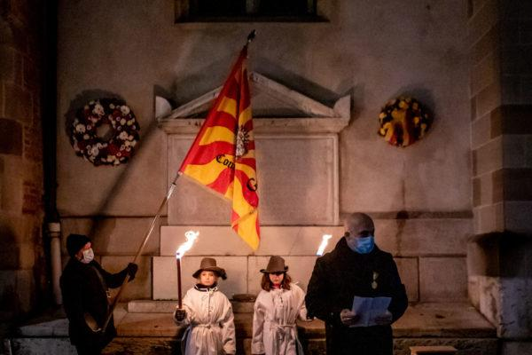 couronne_ hommage_victimes_Escalade_1602_4